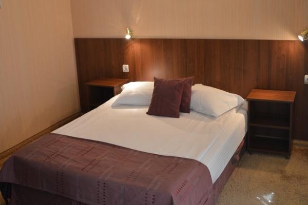 apartament-hotel-410010A19-49B8-442E-350F-EA996258AC5E.jpg
