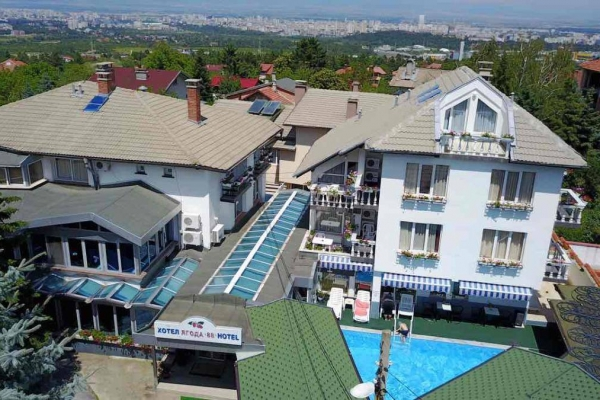 hotel-jagoda-15C22A73A-6103-8473-7961-41A1C5C6487A.jpg