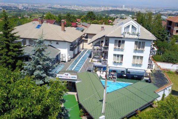 hotel-jagoda-330511B50-4BEC-18EC-BDC4-4778466BA9EF.jpg