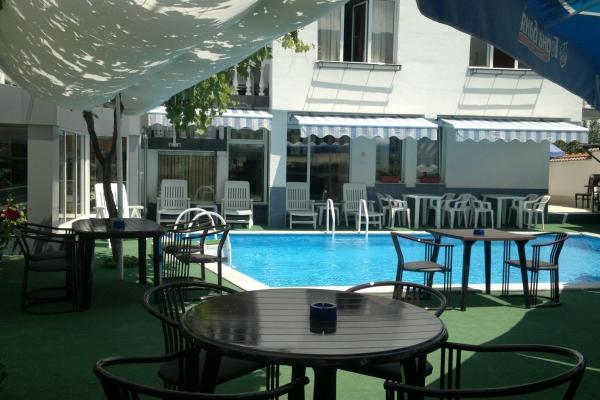 restorant-gradina-4359D24B9-3797-C903-2D1D-9418EA2871EB.jpg