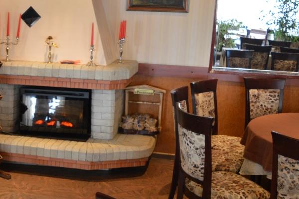 restorant-hotel-1FBD3B23E-22C6-BF8B-2DFF-8560039D357C.jpg